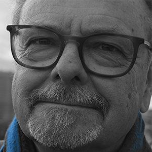 Karsten Pharao - Journalist og indlæser